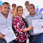 Alma Laura Amparán entrega más nombramientos