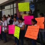 Protesta personal de SNTSA en la zona norte ante impago del gobierno estatal